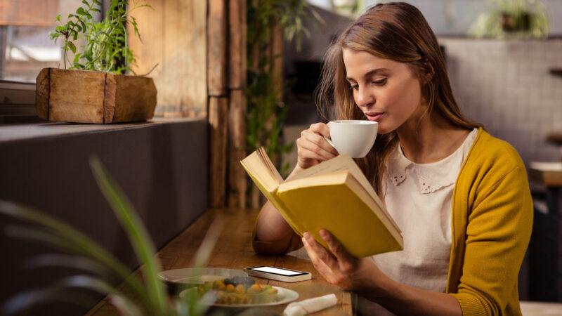 デロンギのコーヒーマシンを買った人の真実のレビュー「香ばしい匂い」